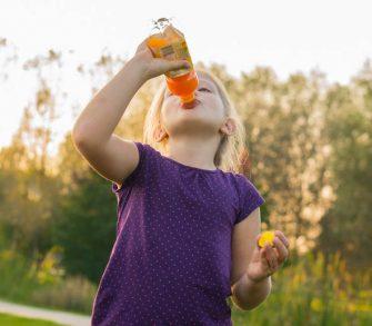 Saborama lança linha de bebidas prontas para crianças